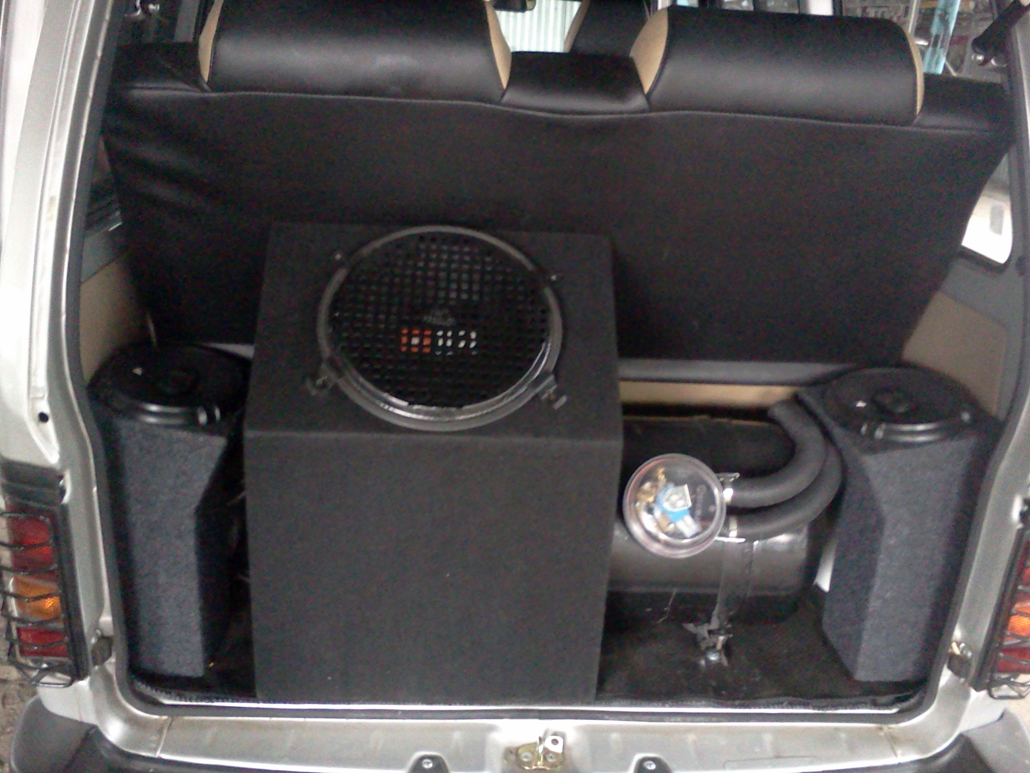Car Speakers Box